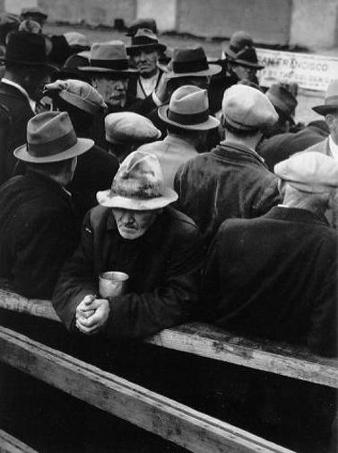 Dorothea Lange, The White Angel, Bread Line, 1933