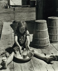 Horace Bristol - Little Ruthie Playing with Soap Bubbles, 1938