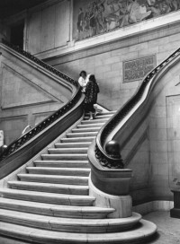 Alfred Eisenstaedt – Stairway at the School of Fine Arts, Baltimore MD, 1944