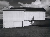 Walker Evans, White Barn, Connecticut, 1940