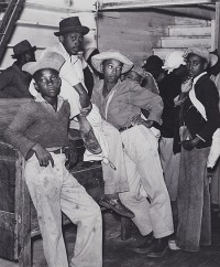 Marion Post Wolcott, Negroes Waiting to be Paid for Picking Cotton, Mileston, Mississippi, 1939