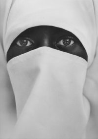 Chester Higgins, Crescent Soul, Moslem Woman, NYC, 1990