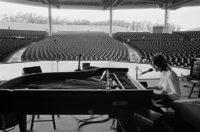 Jackson Brown, 1977